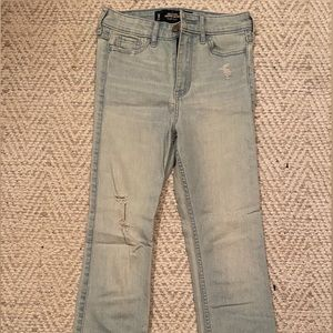 2 / $20 Hollister High Rise Crop Skinny Jeans